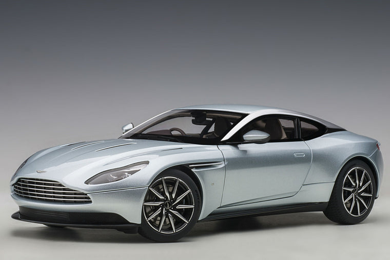 Aston Martin DB11 - 1:18 Scale Model Car