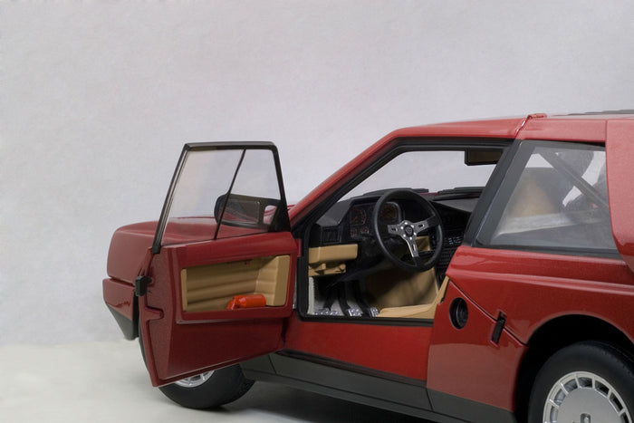Lancia Delta S4 Stradale | 1:18 Scale Diecast Model Car by AUTOart | Left Interior