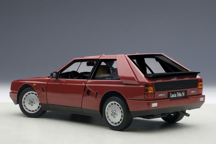Lancia Delta S4 Stradale | 1:18 Scale Diecast Model Car by AUTOart | Rear Quarter