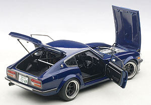 Nissan Fairlady Devil Z | 1:18 Scale Diecast Model by AUTOart | Open