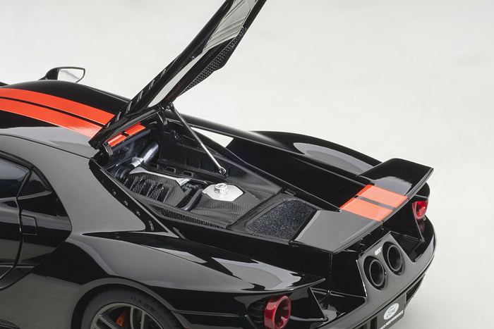 Ford GT (2017) | 1:18 Scale Model Car by AUTOart | Engine Detail