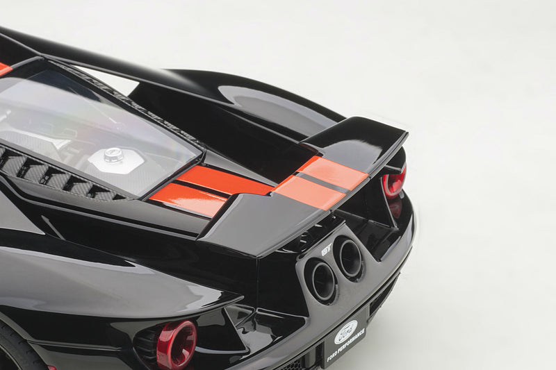 Ford GT (2017) | 1:18 Scale Model Car by AUTOart | Wing Up