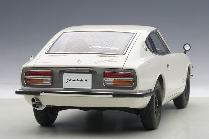 Nissan Fairlady Z432 | 1:18 Scale Diecast Model by AUTOart | Rear