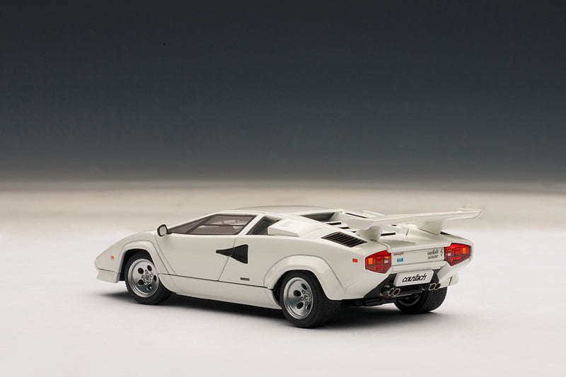 Lamborghini Countach 5000S QV | 1:43-Scale Diecast Model Car by AUTOart | Rear Quarter