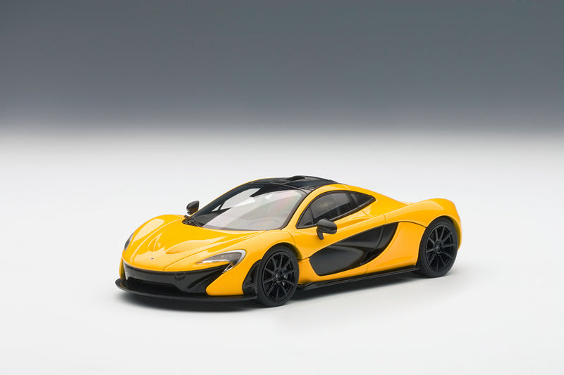 McLaren P1 | 1:43 Scale Diecast Model Car by AUTOart | Front Quarter