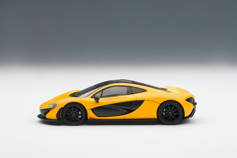 McLaren P1 | 1:43 Scale Diecast Model Car by AUTOart | Profile View