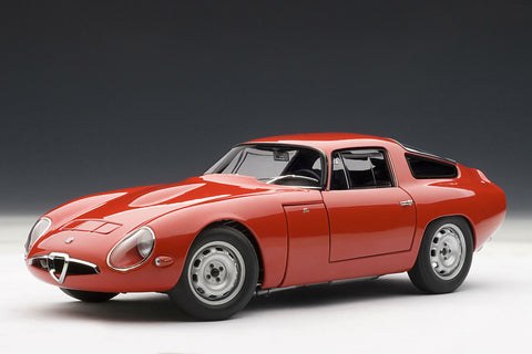 Alfa Romeo Giulia TZ | 1:18 Scale Diecast Model Car by AUTOart | Front Quarter