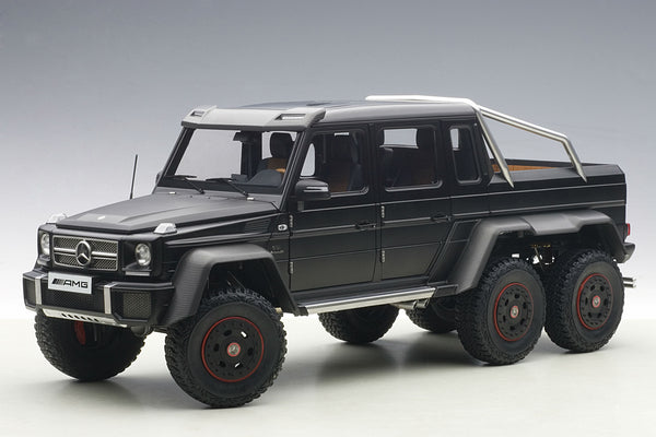 Mercedes-Benz G63 AMG 6x6 | 1:18 Scale Model Car by AUTOart | Front Quarter