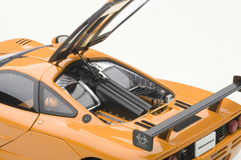 McLaren F1 LM | 1:18 Scale Diecast Model by AUTOart | Engine
