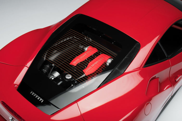 Ferrari 488 GTB | 1:8 Scale Model Car by the Amalgam Collection | Engine
