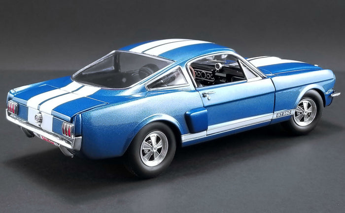 Shelby GT350 Paxton | 1:18 Scale Diecast Model Car by Acme Trading Company | Rear Quarter