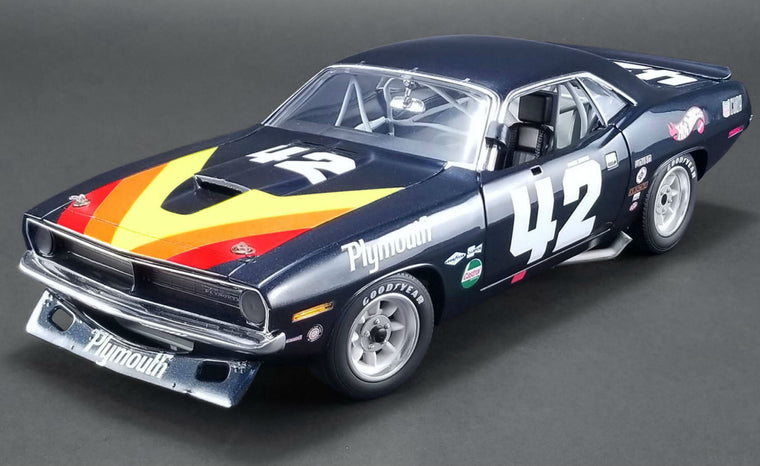 Plymouth Barracuda Trans Am (Swede Savage) - 1:18 Scale Diecast Model Car