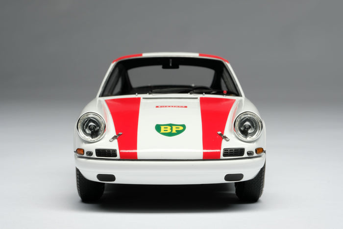 Porsche 911R (1967) | 1:18 Scale Model Car by Amalgam Collection | Front