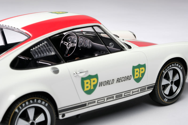 Porsche 911R (1967) | 1:18 Scale Model Car by Amalgam Collection | Right Detail
