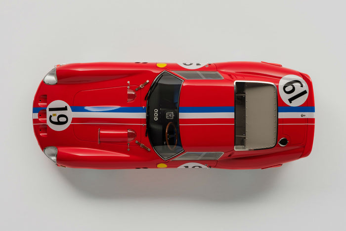 Ferrari 250 GTO (1962 Le Mans Class Winner) | 1:18 Scale Model Car by Amalgam Collection | Overhead