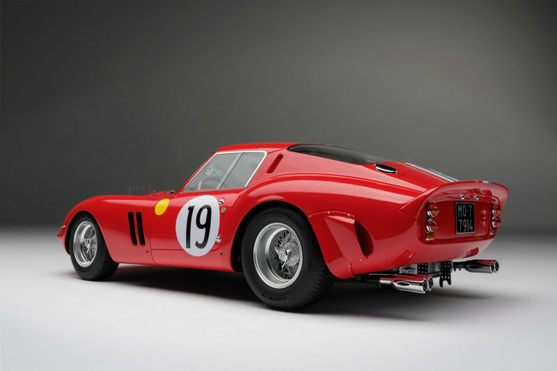 Ferrari 250 GTO (1962 Le Mans Class Winner) | 1:18 Scale Model Car by Amalgam Collection | Rear Quarter