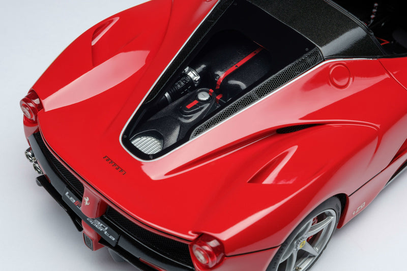 Ferrari LaFerrari Aperta | 1:18 Scale Model Car by Amalgam Collection | Engine Detail