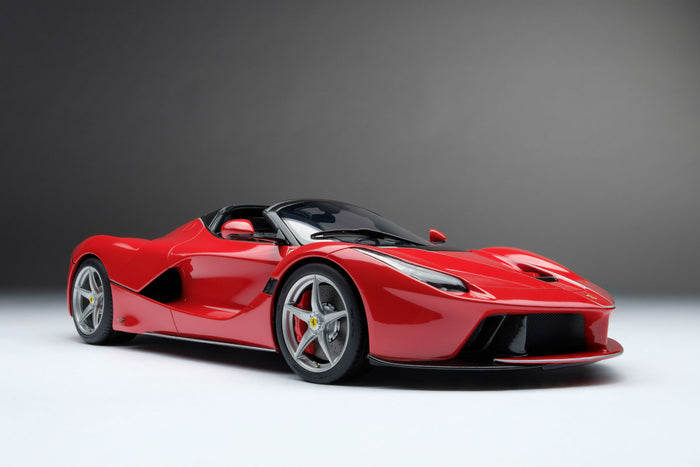 Ferrari LaFerrari Aperta | 1:18 Scale Model Car by Amalgam Collection | Front Quarter