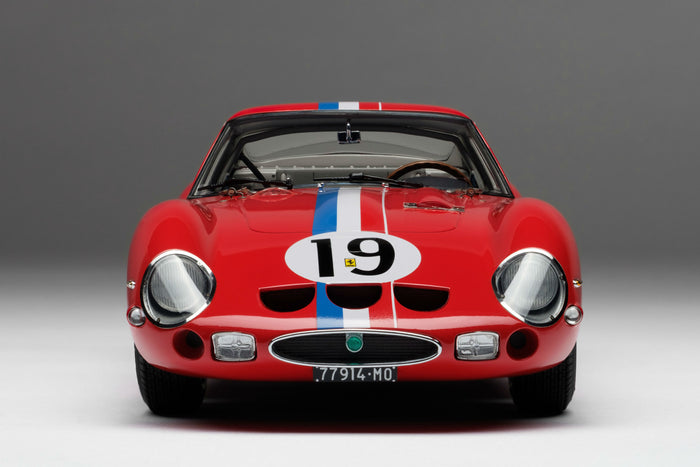 Ferrari 250 GTO (1962 Le Mans Class Winner) | 1:18 Scale Model Car by Amalgam Collection | Front