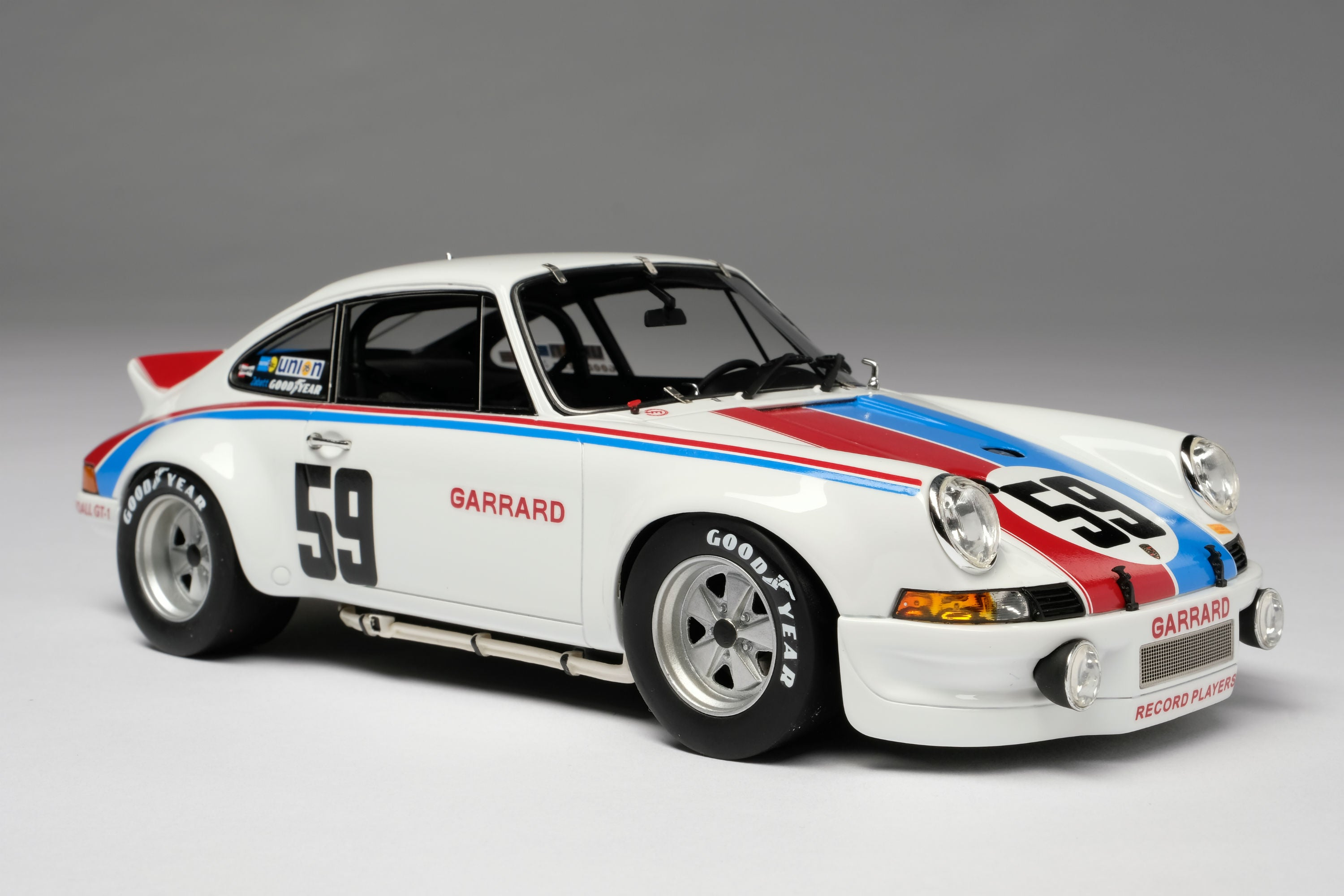 Porsche 911RSR 2.8 (1973 Daytona 24 Hours) | 1:18 Scale Model Car by Amalgam Collection | Front Quarter