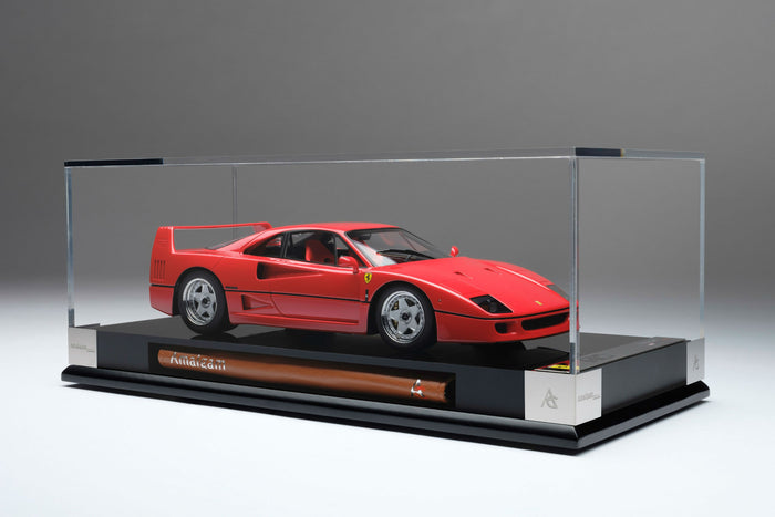 Ferrari F40 | 1:18 Scale Model Car by Amalgam Collection | Display Case