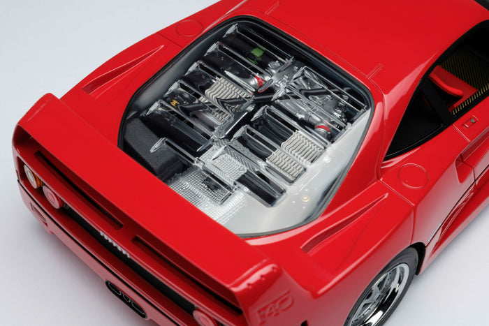 Ferrari F40 | 1:18 Scale Model Car by Amalgam Collection | Engine Detail