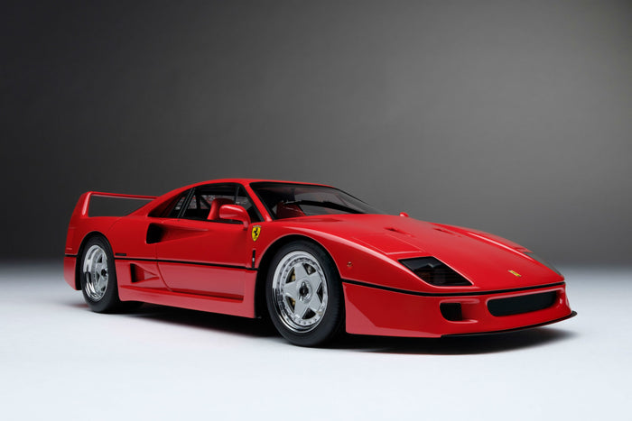 Ferrari F40 | 1:18 Scale Model Car by Amalgam Collection | Front Quarter