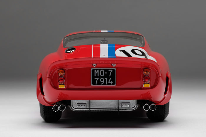 Ferrari 250 GTO (1962 Le Mans Class Winner) | 1:18 Scale Model Car by Amalgam Collection | Rear