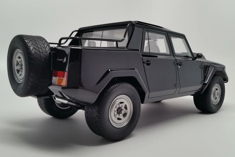 Lamborghini LM002 | 1:18 Scale Model Car by Kyosho | Rear Quarter