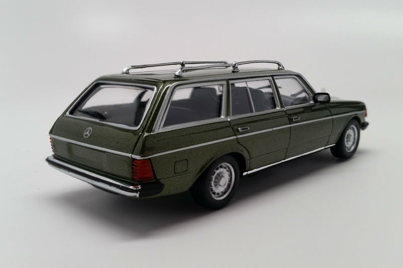 Mercedes-Benz 230TE (S123) | 1:43 Scale Diecast Model Car by Maxichamps | Rear Quarter