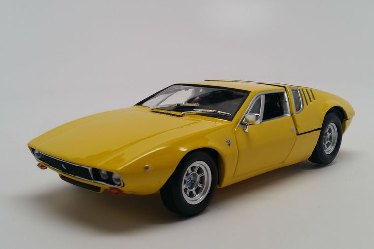 De Tomaso Mangusta (1967) - 1:43 Scale Model Car