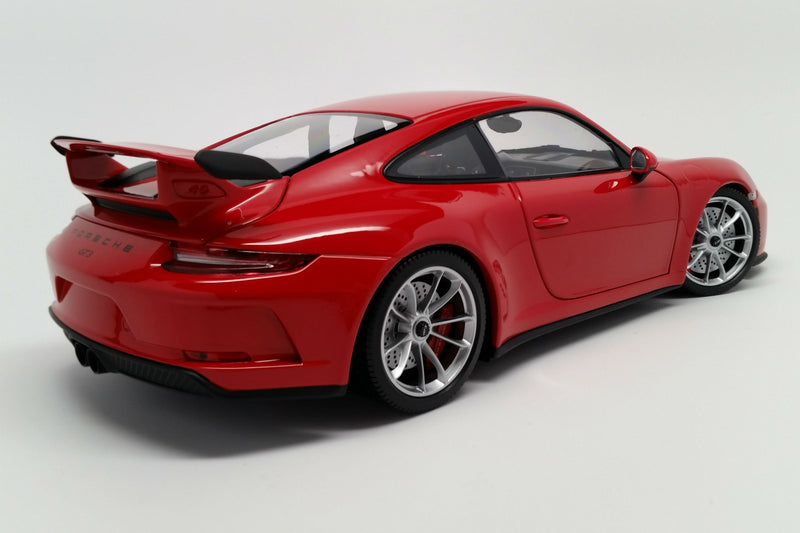 Porsche 911 GT3 (991.2) | 1:18 Scale Diecast Model Car by Minichamps | Rear Quarter