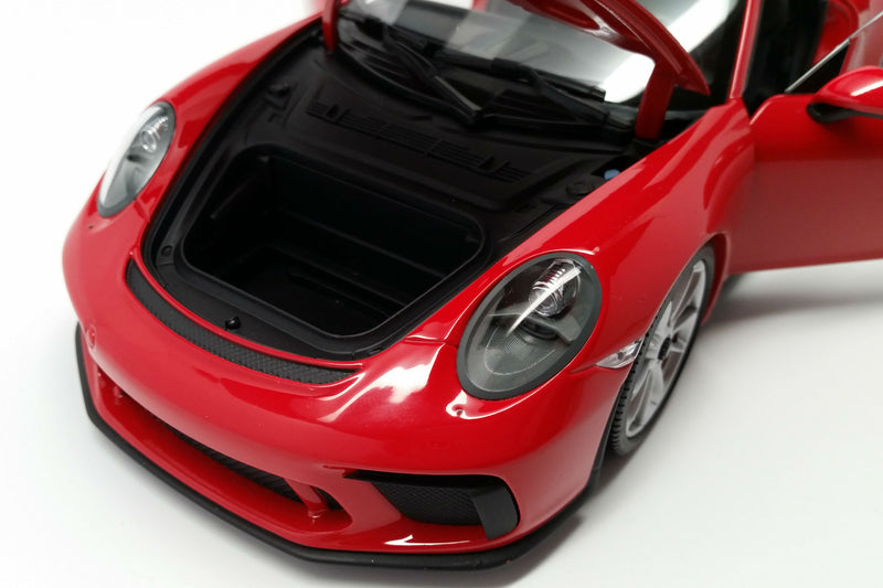 Porsche 911 GT3 (991.2) | 1:18 Scale Diecast Model Car by Minichamps | Trunk