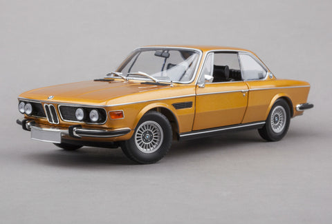 BMW 3.0CSi | 1:18 Scale Diecast Model by Minichamps | Front Quarter