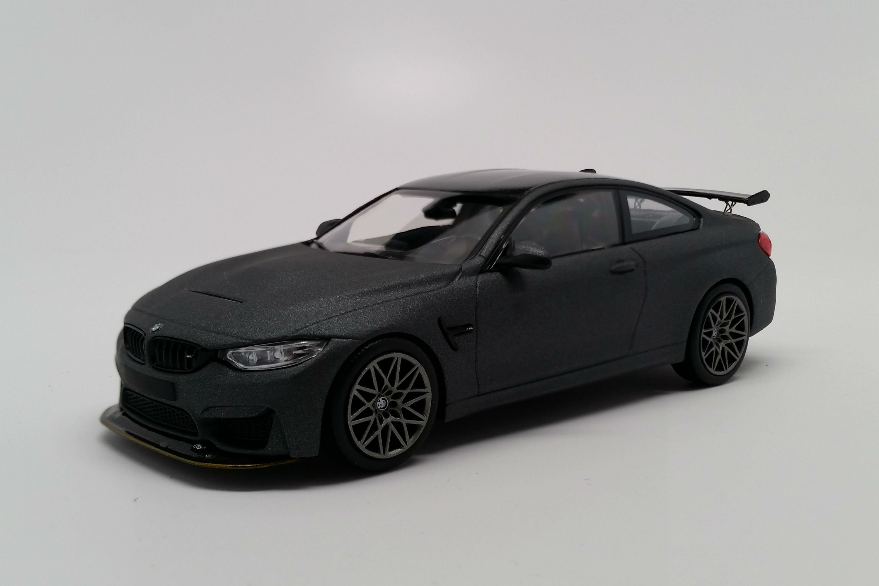 BMW M4 GTS (2016) | 1:43 Scale Diecast Model Car by Minichamps | Front Quarter