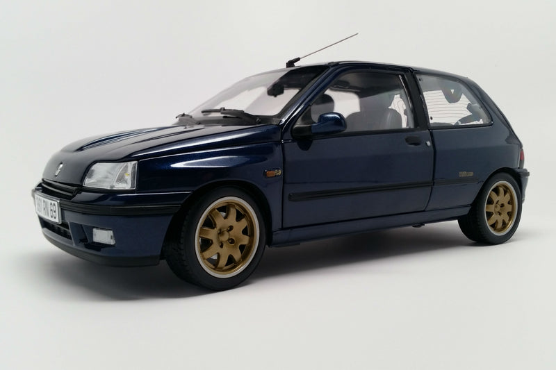 Renault Clio Williams Phase 1 (1993) | 1:18 Scale Diecast Model Car by Norev | Front Quarter