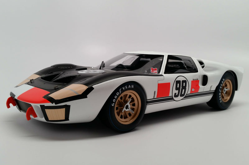 Ford Mk. II (1966 Daytona 24 Hours Winner) | 1:18 Scale Model Car by Spark | Front Quarter