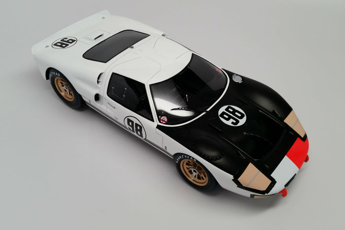 Ford Mk. II (1966 Daytona 24 Hours Winner) | 1:18 Scale Model Car by Spark | Overhead