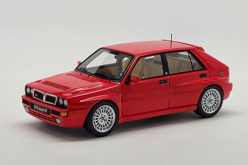 Lancia Delta Integrale Evo II | 1:43 Scale Model Car by Spark | Front Quarter