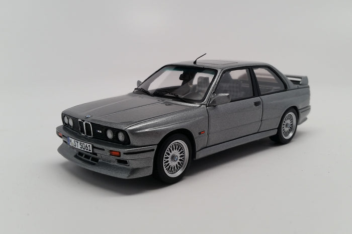 BMW M3 Evolution II (1988) | 1:43 Scale Model Car by Spark | Front Quarter