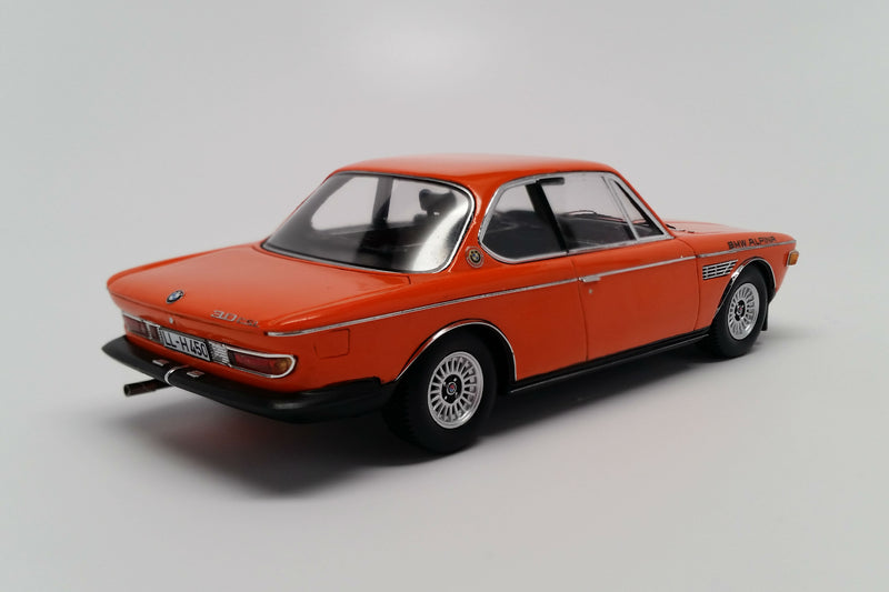 BMW Alpina B2S (E9, 1971) | 1:43 Scale Model Car by Spark | Rear Quarter