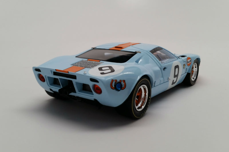 Ford GT40 (1968 Le Mans Winner) | 1:43 Scale Model Car by Spark | Rear Quarter