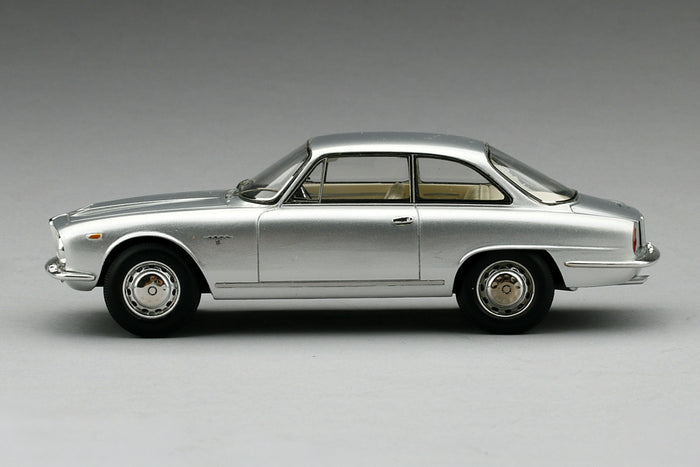 Alfa Romeo 2600 Sprint | 1:43 Scale Model Car by TSM | Profile