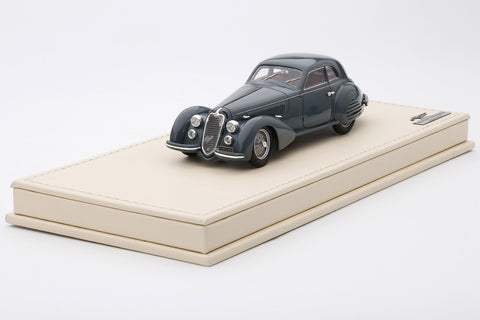 Alfa Romeo 8C2900B Lungo Berlinetta by Touring | 1:43 Scale Model Car by TSM | Left Front