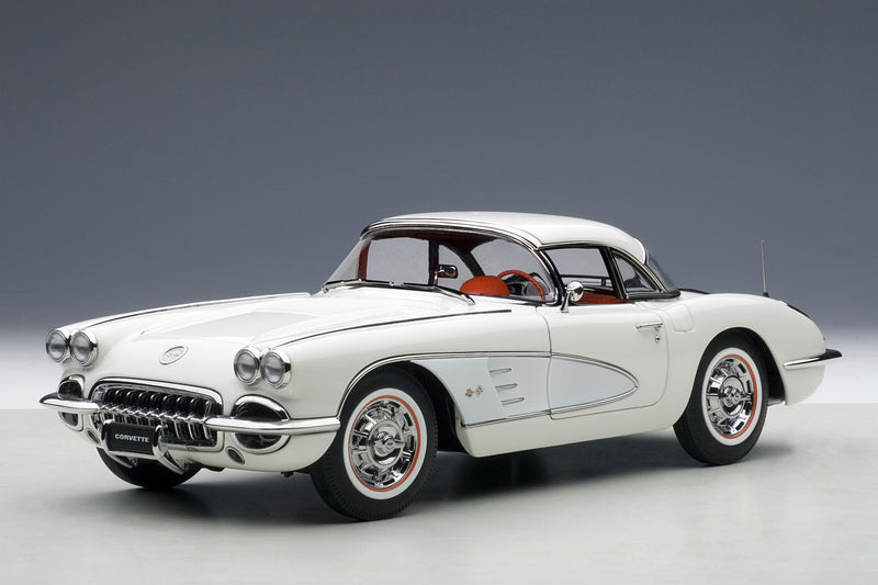 Chevrolet Corvette (1958, White) - 1:18 Scale Diecast Model Car