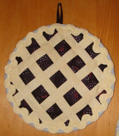 Grandma Dot S Fruit Pie Hot Pad