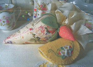 Vintage Strawberry Pin Cushion & Needlecase
