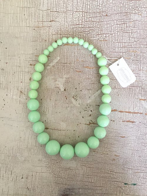 Vintage Mint Lucite Necklace
