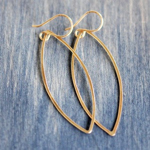 Lily Earrings: Minimalist Geometric Design
