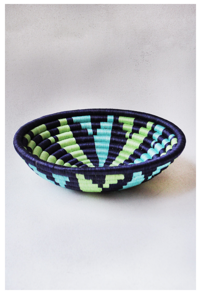 Navy Pattern Plateau Basket